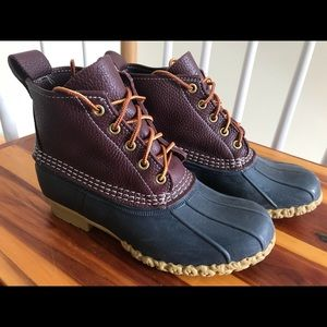 L.L. Bean Duck Boots Lace-Up Burgundy & Navy NWT 7